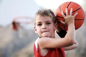 Для оплаты спортивных секций: вРоссии предложили ввести новые пособия для семей с детьми