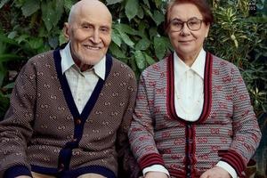 Николай Дроздов с супругой на обложке журнала: на снимках пара смотрится трогательно и мило