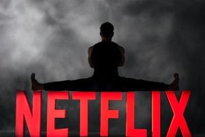 Король шпагата в боевике: Жан-Клод Ван Дамм снимется в комедии Netflix «Последний наемник»