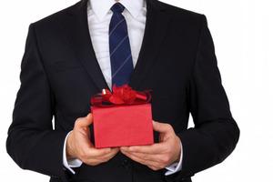 Мужчина получил в подарок на Рождество игрушку з записью голоса покойного отца