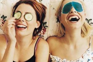 Как понять, что подруга на самом деле конкурентка: разбираемся в тонкостях женской дружбы