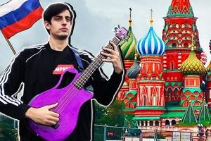 """Итальянец летел в Россию с единственной целью — сыграть """"Распутина"""". Видео посмотрели больше восьми миллионов человек"""