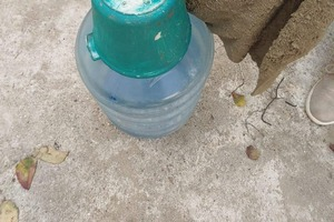 Из цемента и старых полотенец можно сделать что угодно: в моем саду алоэ растет в оригинальном горшке, который я слепил с помощью 19-литрово