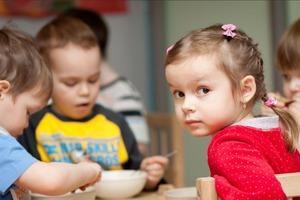 Исследование в Германии показало, что вероятность заражения COVID-19 в детском саду крайне мала