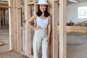 Моника готовила студию к открытию, но в планы вмешался COVID-19: девушка перепрофилировала бизнес и начала успешно работать
