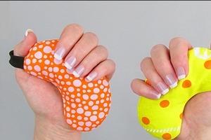 Сшила сама милые миниатюрные подушечки-грелки для рук. Они удобной формы, быстро согревают и очень приятны на ощупь