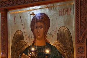 21 ноября - светлый День Архангела Михаила. Какие просьбы в этот день слышат Небеса (редкий момент, когда можно просить о богатстве)