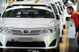 Компания Toyota запатентовала автономный дрон для дозаправки и подзарядки автомобиля