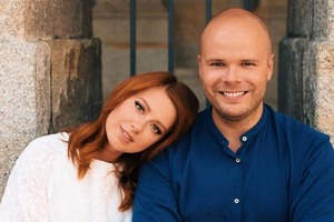 На маму или на папу? Поклонники Юлии Савичевой спорят, на кого похожа ее дочь