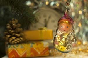 Оливье, шампанское и счастье: как Новый год стал главным праздником в СССР и откуда взялись все сопутствующие ему традиции