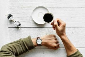 Только для любителей кофе: 5 идей подарков тем, кто без кофе не представляет своей жизни