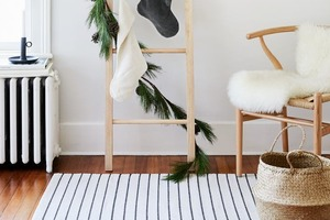 Чем заменить елку, если нет места: несколько альтернативных вариантов, идеально подходящих для небольших помещений
