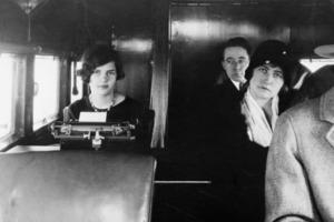 """Фотографии, показывающие, насколько изменились авиаперелеты с момента """"золотого века"""", когда билеты на самолеты были настолько дороги, что и"""