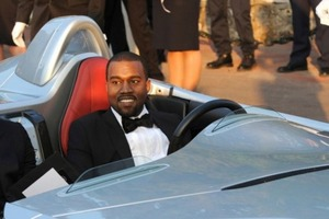 Резиновые и золотые гаражи: кто из звезд владеет коллекцией авто более чем за 10 миллионов долларов
