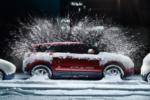 Как правильно и неправильно очистить машину от льда и снега. Помимо простого скребка есть еще несколько способов очистки: прогреть машину, и