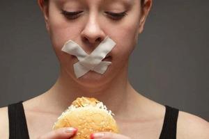 Эксперт по питанию рассказал, что неосознанные диеты в подростковом возрасте могут привести к гормональным и метаболическим нарушениям