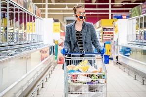 Арбузы - целые, куриные яйца - чистые: Роспотребнадзор ввел новые правила торговли в магазинах и на рынках
