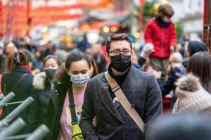 По последним данным, каждый сотый житель Земли заразился коронавирусом