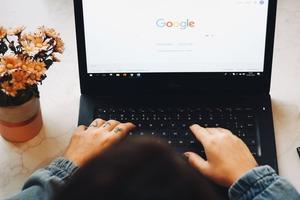 Может ли Apple создать поисковую систему, которая будет конкурировать с Google