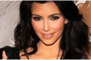 Kim Kardashian – от 60 долларов: самые дорогие бренды духов, созданные знаменитостями