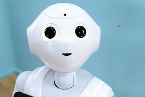 Рутину отдадут машинам: инженеры в Санкт-Петербурге научили роботов проводить химические эксперименты