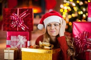 Выключите гирлянду и откажитесь от алкоголя: 5 советов, как хорошо выспаться в праздничные дни