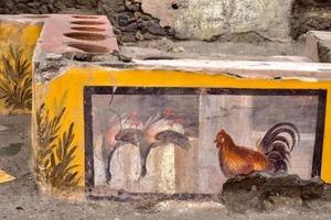 В Помпеях археологи нашли магазин горячих закусок с остатками пищи