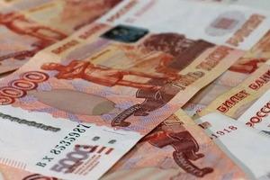 Советники директоров по воспитательной работе в школах получат надбавку в 15 тысяч рублей