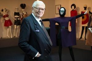 Мир моды покинул еще один гений: знаменитый модельер Пьер Карден скончался во Франции в возрасте 98 лет