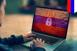 Twitter, Facebook и YouTube в зоне риска: подписан закон об ответных мерах против иностранной цензуры в Сети