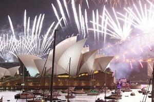 Как встречали 2021 год во всем мире: новогодние фото из разных стран