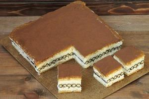 Люблю экспериментировать с десертами: приготовила интересный тортик с вафельными трубочками и маскарпоне