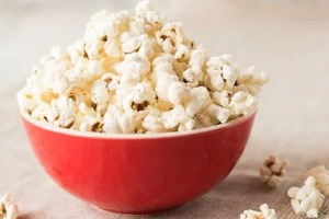 Как сделать идеальный попкорн в домашних условиях: рецепт для сковороды