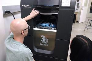 Мягкая робототехника и гибкие дисплеи: инженеры создали 3D-печатный смартгель, который меняет форму при воздействии света