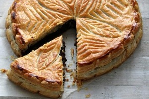 Шоколадно-кофейный пирог с ромом: домашняя выпечка с изысканным вкусом