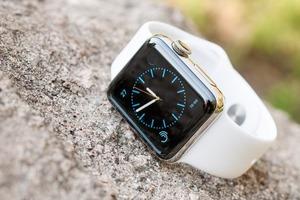 Apple Watch Series 6 и Apple Watch SE могут показывать неверные значения высоты в необычных погодных условиях