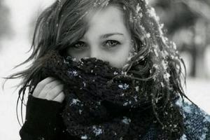 Зимой волосы постоянно спутываются: правильная сушка, увлажнение и другие способы сделать локоны послушными и красивыми