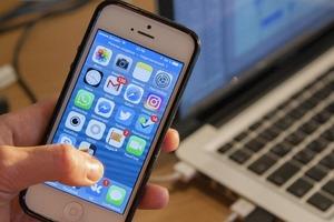 """""""Например, не читаются СМС-сообщения"""": названы обновления, способные сломать смартфон"""