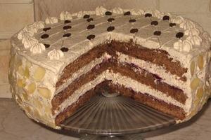 """Пышный бисквитный торт """"Кофейный"""" с маскарпоне: изюминку вкусу добавляет амаретто"""
