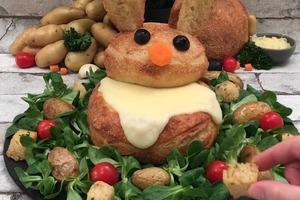 """Удивляем деток с помощью необычного лакомства: сытный """"кролик"""" из хлеба и сырной начинки"""