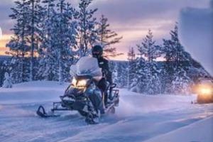 Снежное сафари: первые в мире электрические сани используют в Лапландии