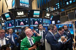 Через год взлетят в цене. 2 дешёвых акции, которые сейчас скупают массово
