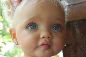 2-летняя модель с ангельским личиком: как Айра Браун выглядит спустя 6 лет