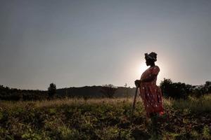 Зачем женщины вступают в брак с женщинами: странный, но полезный обычай Танзании