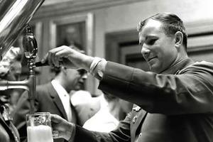 Гагарин на пивоваренном заводе в Дании и другие малоизвестные исторические фото