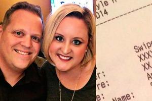 Супруги долго ждали заказ в ресторане и оставили официанту неожиданное послание