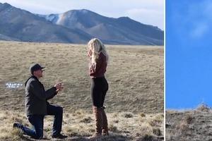 Когда парень делал девушке предложение, она увидела, что ее отец показывает табличку с надписью «Скажи нет»