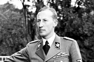"""Его считал жестоким даже Гитлер: """"белокурый монстр"""" Рейнхард Гейдрих"""