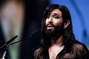 """Победитель """"Евровидения-2014"""" продолжает эпатировать публику. Новый образ Кончиты Вурст"""