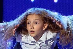 Девочка из Румынии очаровала всех на шоу талантов: со своим диким танцем она попала сразу в полуфинал (видео)
